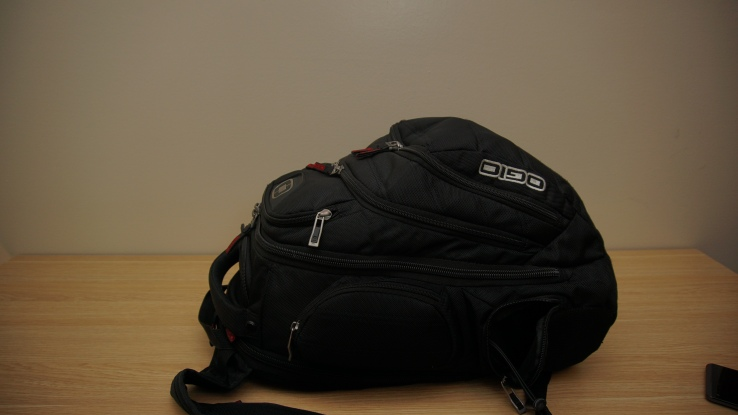 zippped ogio backpack